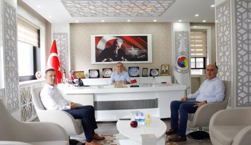 Amasya İl Millî Eğitim Müdürü ATSO Başkanı Kırlangıç'ı Ziyaret Etti