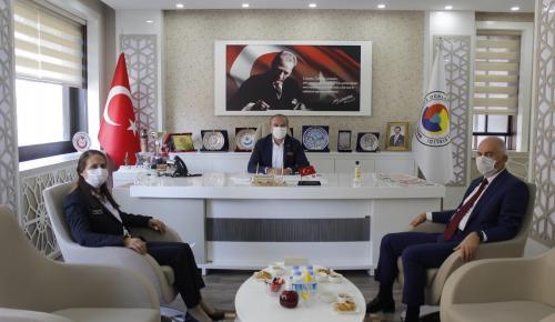 Gümrük ve Dış Ticaret Bölge Müdürü ve Gümrük İl Müdiresi, Amasya TSO'yu Ziyaret Etti