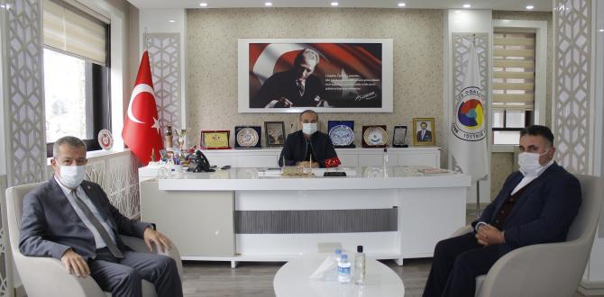Amasya Baro Başkanı Av. Melik Derindere ve Avukat Osman Faik SALMAN, Amasya TSO'yu Ziyaret Etti
