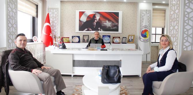 Amasya Ticaret ve Sanayi Odası Yönetim Kurulu Başkanı Murat Kırlangıç, Yapı Kredi Bankası Amasya Şubesi Müdürü Ünal Atak'ı kabul etti.