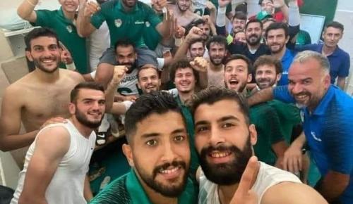 Playy-Off Çeyrek Finali oynamaya hak kazanan yeşil beyazlı takımımızı yürekten tebrik ediyorum.